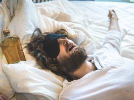 deep sleep due to alcohol