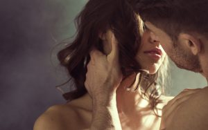 7 Surprising Health Benefits of Kissing Your Partner